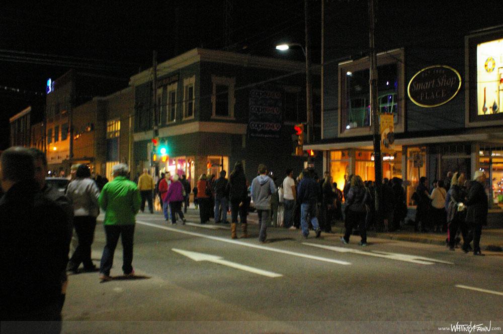 Lumiere crowd